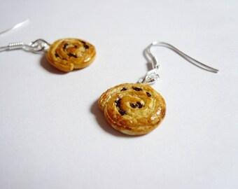 Raisin bread earrings