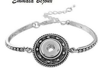 Silver button snap Bangle