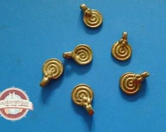 6 charms round Golden brass ethnic 9x13mm