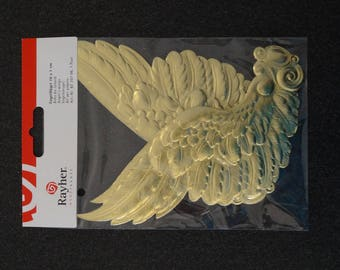 Gorgeous pair of Golden Angel Wings - Ideal for your creations