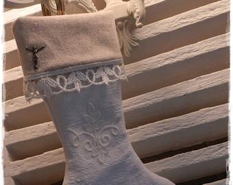 botte, chaussette de noêl en chanvre blanc et flanel crème