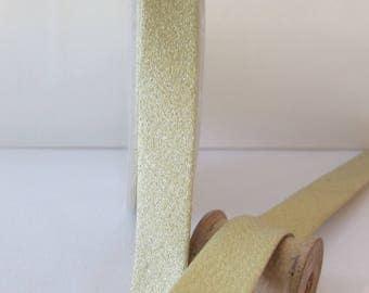 Bias folded 18 mm 9 mm gold Lamé