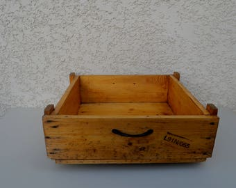wooden dog/cat basket or bed