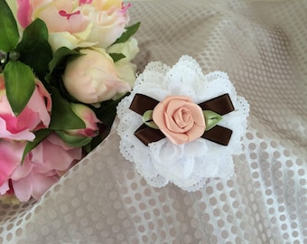 Flower 7 cm in white and pink satin eyelet