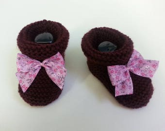 Small Burgundy boots 6-9 months enhanced with a liberty bow toes - wool slippers