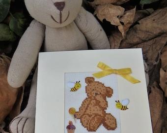 Kids hand embroidered card: teddy bear bee