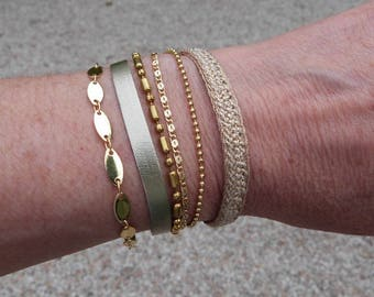 Cuff Bracelet ribbons and fantasy, beige and gold chains, Annette collection