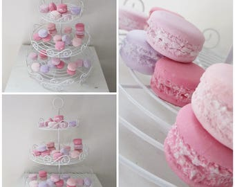 Set of 32 macarons plaster reception buffet table decoration