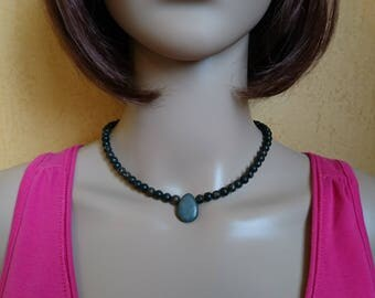 The Choker necklace with natural stones