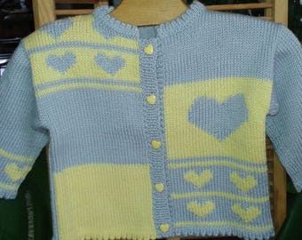 "VEST baby girl 12 months, wool, grey yellow, ""heart"" motif, birthday gift"