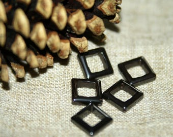 5 perforated 14X4mm Hematite square beads