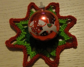 STAR DARK GREEN AND RED AND GREEN LIGHT MADE WITH WOOL CROCHET - NEW