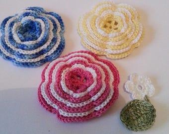 Crochet flowers mix colors