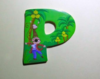 P decorative letter adhesive 7 cm monkey and pirate