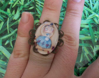 Doll alice cabochon ring