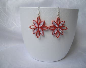 Paper star earrings, quilling