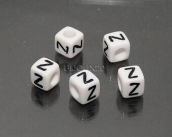 30 beads white cube letter Z black acrylic 6mm M03116-Z