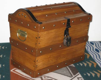 PIRATE TREASURE CHEST ~~ handcrafted