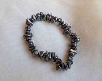 Elastic bracelet in Hematite, 17 cm wrist circumference. hand made