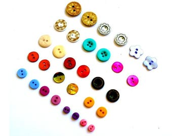 Buttons X 32 units sizes and colors mixed assortment of multicolored buttons