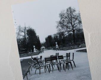 "Map postcard ""date in the tuileries Garden"" Paris"