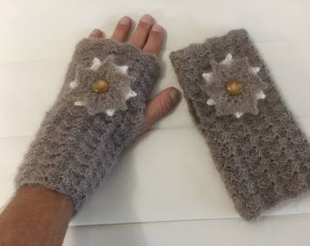 Taupe mittens mohair/silk yarn