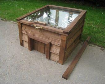 Tortoise Shelter - Sturdy Wooden House/Single Bay/Sliding door/Toughened glass lid + Prop/Optional Insulation