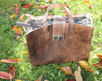 Beautiful brown leather tote bag