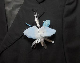 Blue and white wedding boutonniere