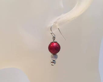 Dangle earrings 2 glitter red and gray