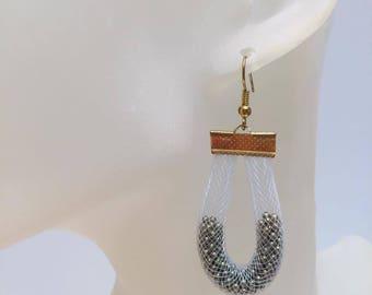 Pearlescent white NET earrings gold