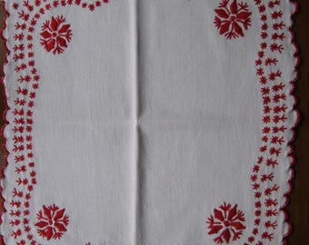 Traditional embroidery (N34) hand embroidered doily