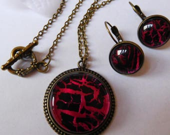 Set necklace earrings black and red hand painted