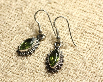 BO207 - 925 Sterling Silver earrings - Peridot faceted Marquise 10x5mm