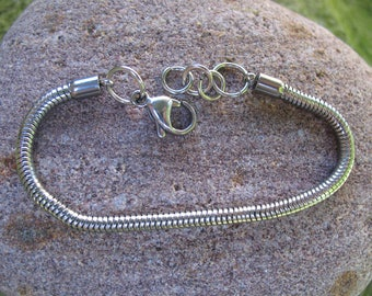 support pandora style charms bracelet