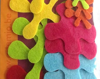 X 18 - multicolored - for decoration or cardmaking projects REF felt flowers. 341
