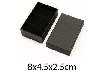1 boxes box gift jewelry Black Interior, with notches for pendants, rings and earrings on