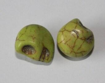 Death's head, pale green, 12 mm, the pair