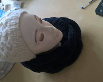 Knitted cowl / snood braided Navy Blue