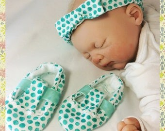 Baby headbands and slippers