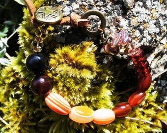 Brown and orange agate beaded bracelet.
