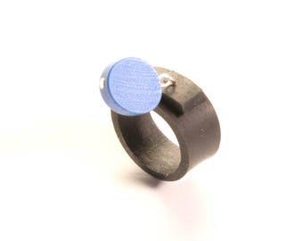 Ring in inner tube recycled car