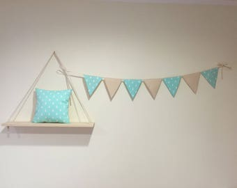 1 x-7 decorative triangle flag Garland