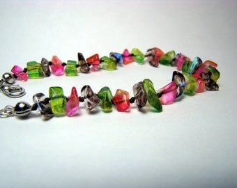 Baroque multicolored glass beaded bracelet