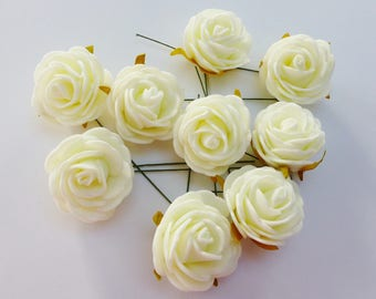 9 roses on stem painted in white size 4 cm