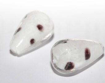 Set of two 20 glass Teardrop beads / 10mm