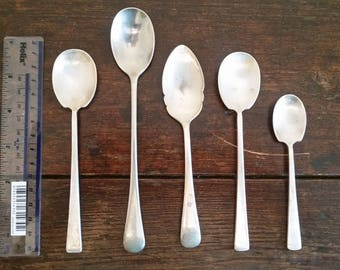 5 x vintage silver plate spoons nice shapes (unpolished) for jewellery, crafting, upcycling