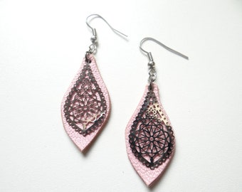 Earrings light pink leather light and timeless