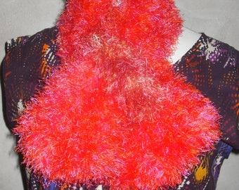 Echarpe fausse fourrure rose-orange