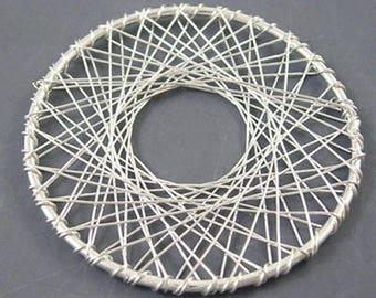 Set of 2 silver 51 mm diameter wire pendant connectors